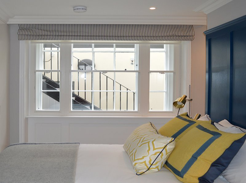 Selectaglaze secondary glazing providing thermal enhancements to 119 Ebury Street, London