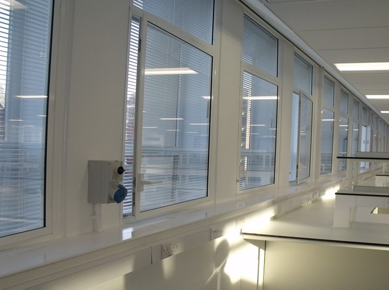 Liverpool University Sherrington Building - science lab with clean room secondary glazing with integral blinds