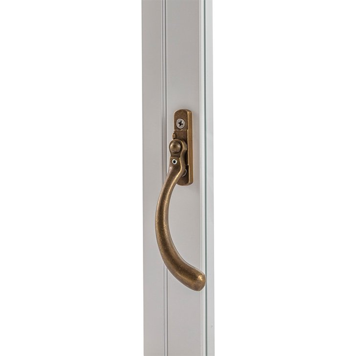 Special handle (peardrop) for Selectaglaze hinged casements