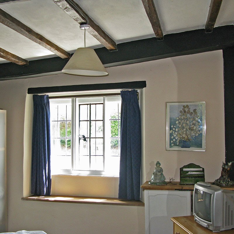 Series 10 Horizontal sliding - The Old Smithy - Thermal and acoustic benefits