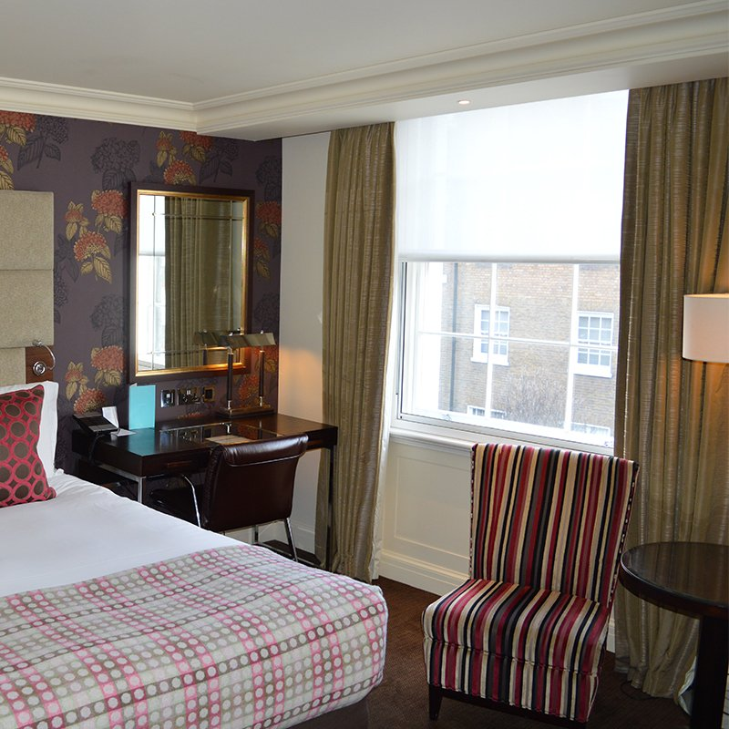 Window upgrades in London hotel to stop draughts